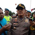 Kapolres Cirebon Kota, AKBP Roland Ronaldy, saat memberikan keterangan di hadapan sejumlah awak media. Foto: Alwi