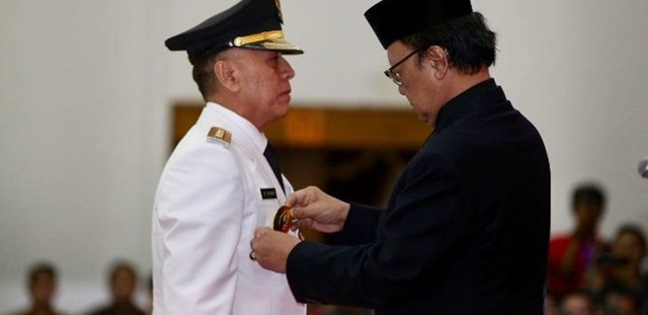 Komjen Pol Iriawan saat dilantik menjadi Pjs Gubernur Jawa Barat, Senin (18/6/2018)./Foto: via jpnn