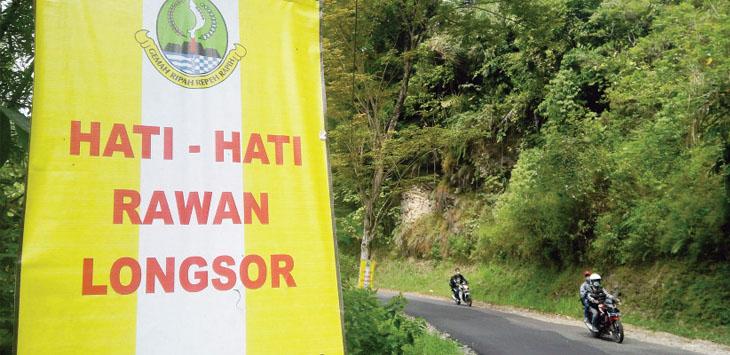 Jalan Sukabumi-Sagaranten