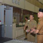 Penjabat (Pj) Gubernur Jawa Barat H. Mochamad Iriawan memastikan dan telah memeriksa satu-persatu fasilitas mulai dari kamar penginapan, sarana kesehatan dan kesiapan tim pemandu haji, didampingi Penjabat Walikota Bekasi dan petugas asrama haji