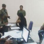 DIDATA: Sejulmah PSK yang terjaring rajia didata Satpol PP. Diantaranya ada yang berstatus sebagai pelajar salah satu SMK di Cianjur.