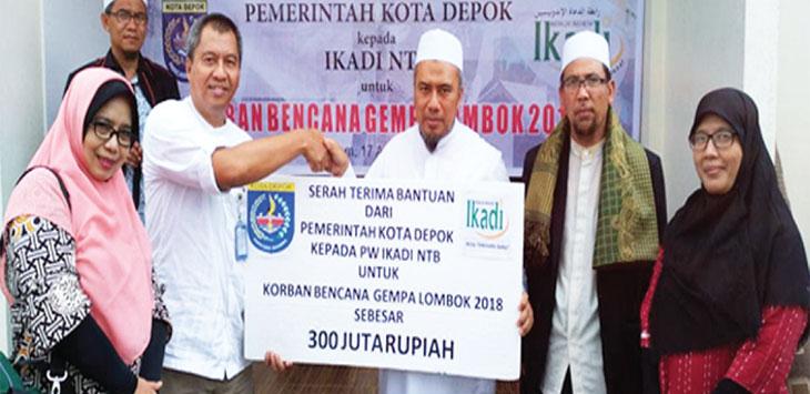 PEDULI: Pemerintah Kota Depok menyumbang Rp 400 juta kepada korban gempa Lombok. Ist