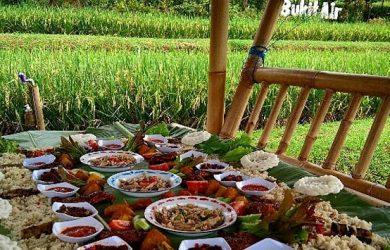Bukit Air Resto Bogor Tawarkan Masakan Sunda Hingga Sejuknya