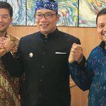 Bupati Sumedang terpilih H Dony Ahmad Munir (kanan) berjanji akan menegakan perda Miras.