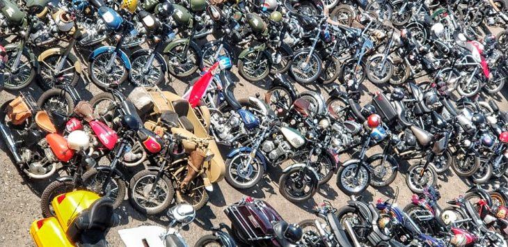 Para motor antik, mengikuti Patriot Ride, Bikers Brotherhood 1% MC Indonesia, Bandung, Sabtu (18/08/2018). Foto: Fredi/Pojokjabar