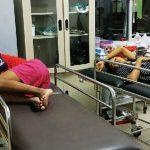 TERKAPAR: Dua dari tiga pemuda penenggak Miras Oplosan terkapar di IGD RSUD Sumedang. PANJI/RADAR SUMEDANG