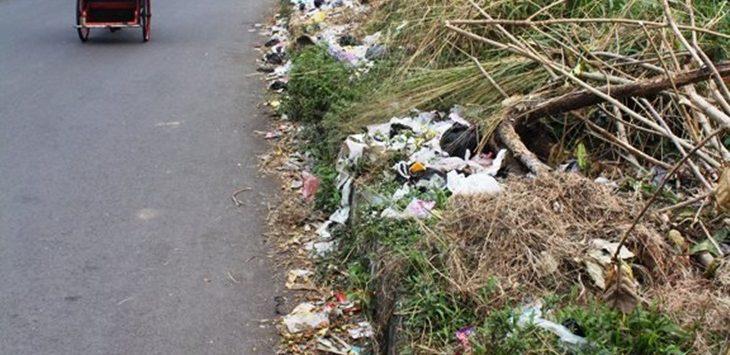 Sampah berserakan di Pasar Cikurubuk, Tasikmalaya./Foto: Radartasikmalaya