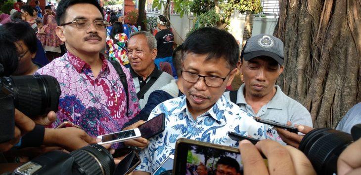 Sekda Kota Cirebon Asep Dedi saa memberikan keterangan kepada awak media./Foto: Alwi