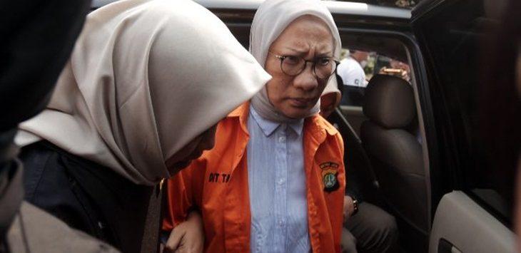 Tersangka berita hoax, Ratna Sarumpaet saat menjalani pemeriksaan kesehatan di Bidokkes Polda Metro Jaya./Foto: jpc
