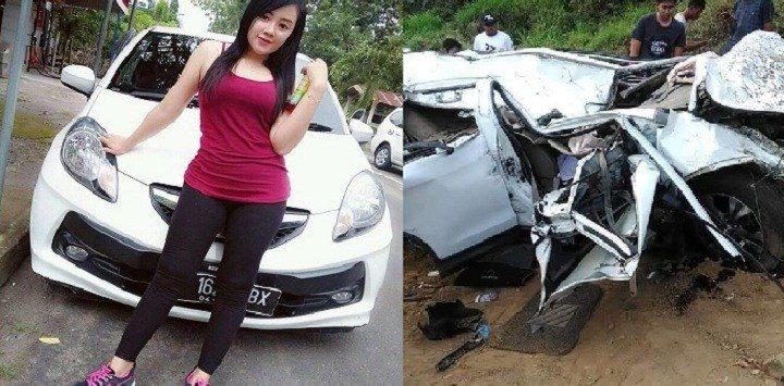Rini Puspitawati dan kondisi mobil Honda CRV yang hancur.