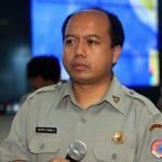 Kepala Pusat Data Informasi dan Humas Badan Nasional Penanggulangan Bencana (BNPB) Sutopo Purwo Nugroho saat menggelar konferensi pers di Graha BNPB, Jalan Pramuka, Jakarta Timur, Minggu (7/10)./Foto: jpc