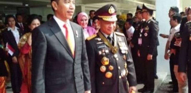 Presiden Joko Widodo (Jokowi) saat bersama Kapolri Jendral Tito Karnavian./Foto: jpc