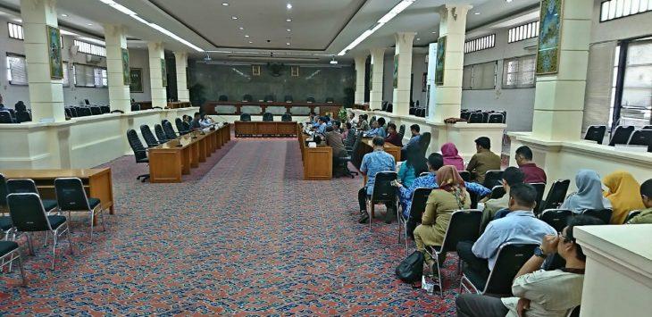 Komisi 3 DPRD panggil Dinas Pendidikan Kota Cirebon