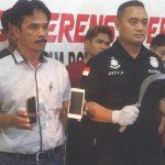 DIJELASKAN : Polisi menjalaskan penangkapan empat pemuda terduga pelaku pencurian disertai kekerasan atau begal yang meresahkan warga selama dua hari kemarin, Jumat (16/11) dan Sabtu (17/11/18). Irwan/Radar Depok