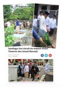 Foto Sandiaga Uno langkahi tiga makam yang viral di medsos.