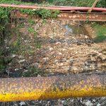 Sisa gunungan sampah di Sungai Cikeas. (ist)