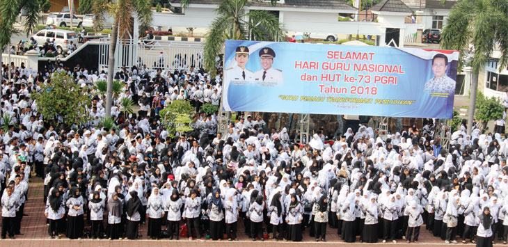 Tahun 2019 Gaji Guru Honor Naik Rp200 Ribu Pojok Jabar