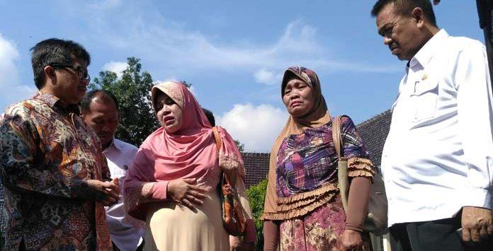 Keluarga TKI asal Majalengka, salah satunya keluarga Eti. (jpc)
