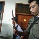 Keris diduga bertuah yang diamankan Satpol PP Kota Cirebon (alwi)