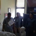 Unit Reskrim Polsekta Bogor Utara menggelar rekonstruksi penyiksaan  bayi berusia 2 tahun 6 bulan berinisial BIS di Mako Polsekta Bogor Utara, Jumat (16/11).