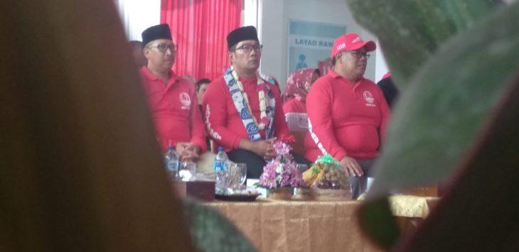 Gubernur Jawa Barat, Ridwan Kamil, saat tiba di Kota Cirebon untuk meresmikan gedung Layad Rawat./Foto: Alwi