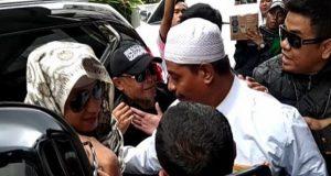 Habib Bahar menjalani pemeriksaan di Bareskrim Mabes Polri (JPC)