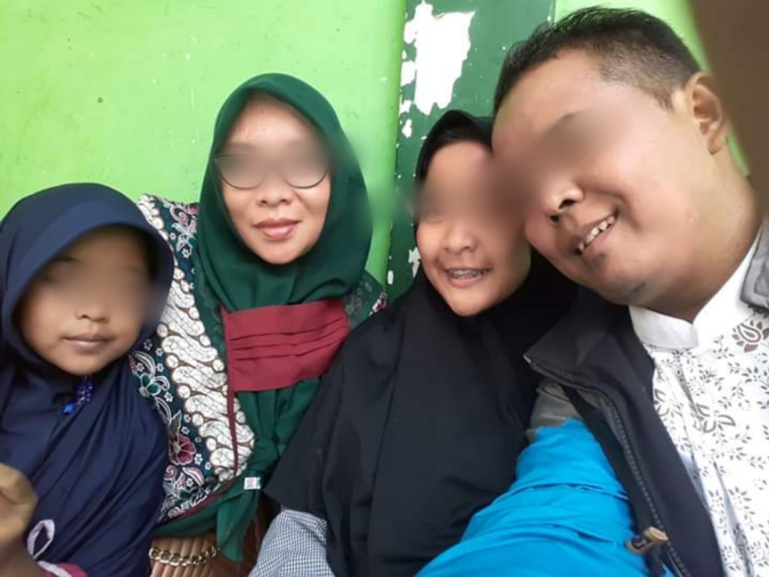 Keluarga Ruhyatun8