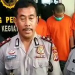 IS tanpa penutup kepala, saat diekspos di mapolsek bandumg kulon, sabtu (8/12). Arief