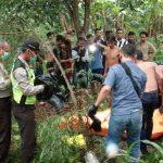 Geger Sosok Mayat Di Temukan Ngamoung Di Sungai Soka3