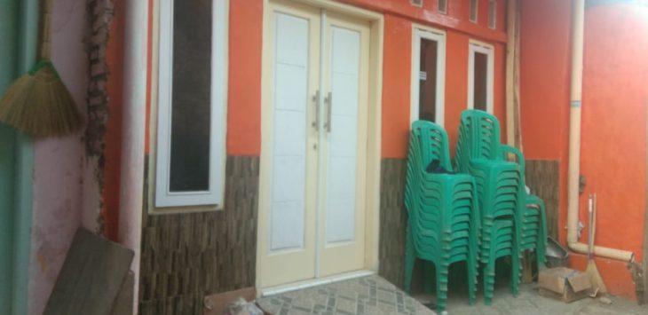 Situasi lokasi rumah kediaman korban pembunuhan sadis, Jumat (7/12/2018)./Foto: Kirno