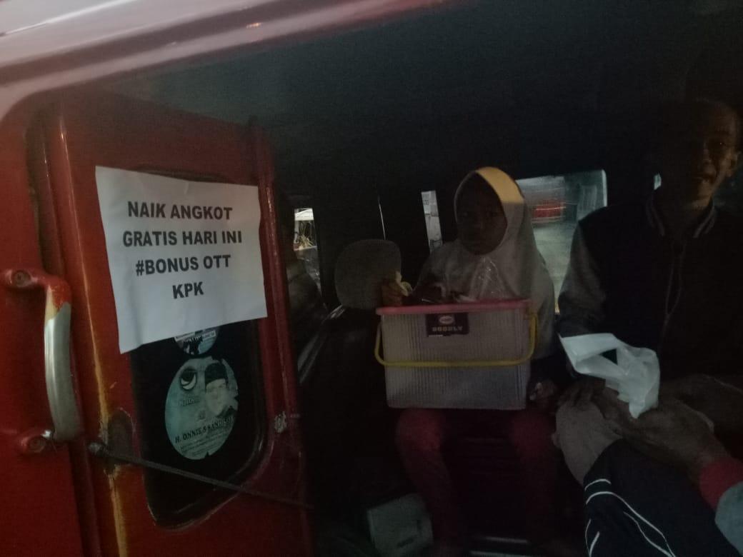 Angkot di Cianjur gratiskan penumpang
