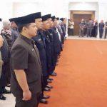 Sejumlah pejabat Kota Sukabumi saat diambil sumpah jabatan di Gedung Juang 45, Jumat (7/12).