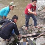 Foto penemuan bayi yang dibuang ke Ciliwung di Kota Bogor (adi)