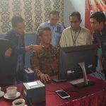 Bawaslu dan KPU Kabupaten Bekasi memantau perekaman KTP elektronik di Lapas Cikarang.