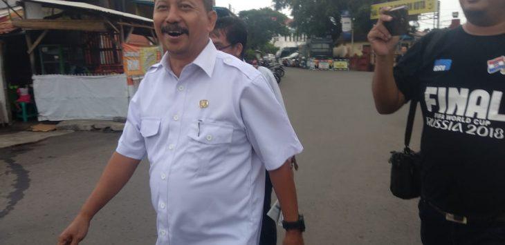 Asdullah, Kepala Dinas Pendidikan Kota Cirebon, usai diperiksa KPK di ruang Bhayangkari Polres Cirebon Kota (Ciko)./Foto: Alwi