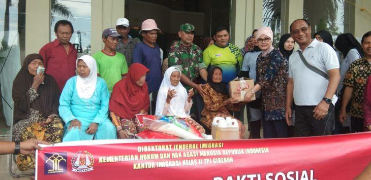 Bakti sosial Imigrasi II TPI Cirebon (kirno)
