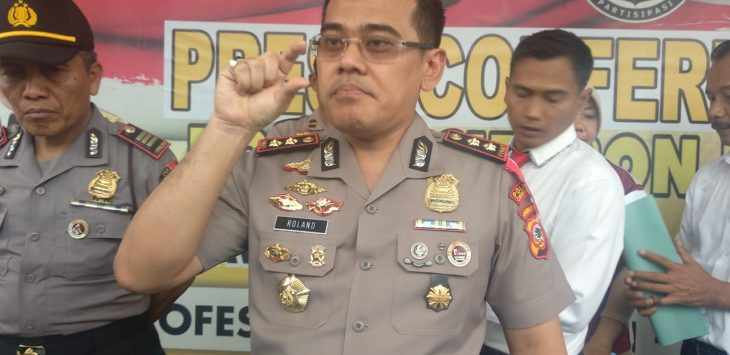 Kapolres Cirebon Kota (Ciko) AKBP Roland Ronaldy saat ditemui di lokasi./Foto: Alwi