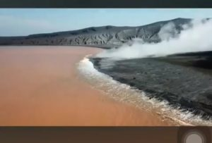 Kondisi air laut di sekitar Gunung Anak Krakatau di Selat Sunda (instgram)