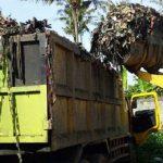 Tumpukan sampah di Pasar Sehat Cileunyi
