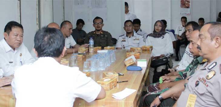 PEMBAHASAN: Suasana pembahasan rapat antara Pemrintah Kota Sukabumi dengan pengembang Pasar Pelita tentang rencana relokasi pedagang Pasar Pelita ke eks Terminal Sudirman.