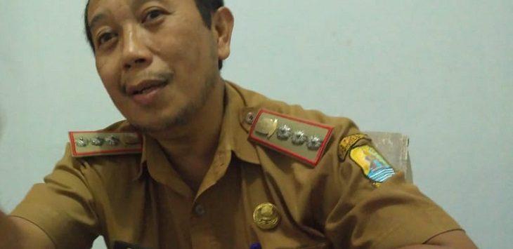 Edi Prayitno Camat Lemahabang./Foto: Yon