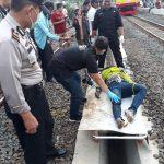 Mayat laki laki yang ditemukan di samping rel di Kampung Curug Bojonggede (rishad)