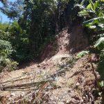Kondisi jalan penghubung desa di Kampung Sindangrasa
