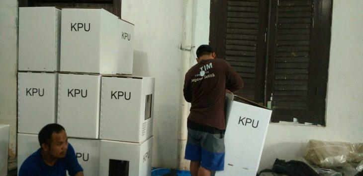 Kondisi kotak suara di KPU Kabupaten Cirebon./Foto: Kirno