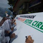 Pelajar Kota Cirebon yang menolak aksi tawuran (alwi)