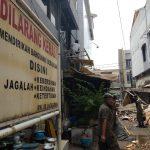 Pembongkaran lapak PKL di Cirebon3