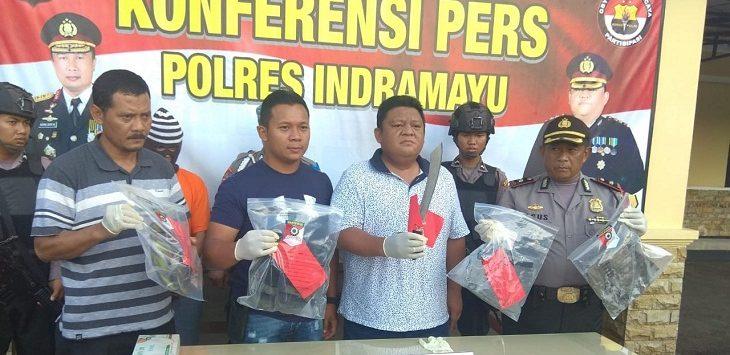 Polres Indramayu lakukan konferensi pers terkait penganiayaan./Foto: Yanto.
