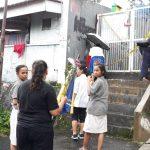 Puluhan warganet anggota grup WA #HelpNoven menggelar doa bersama di lokasi penusukan Andriana Yubelia Noven (ist)