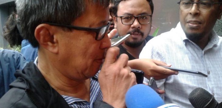 Rocky Gerung tiba di Polda Metro Jaya (firdaus)