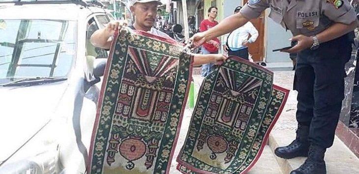 Viral joget di atas sajadah./Foto: Istimewa